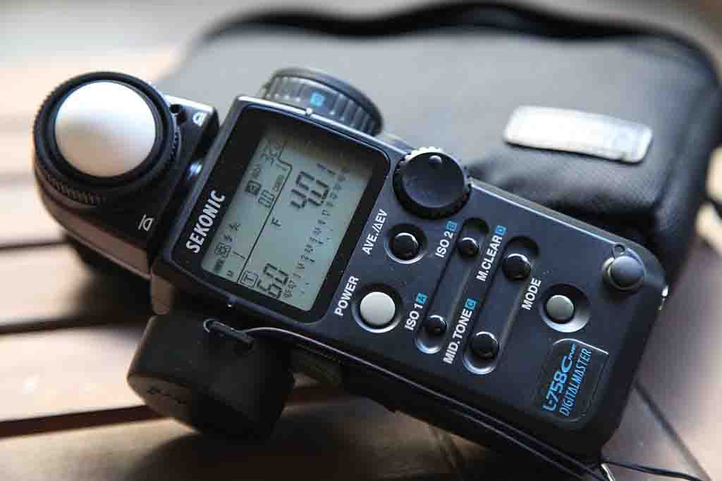 Digital Light Meter Featued image